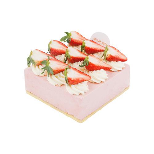 【草莓小姐】strawberry mousse cake
